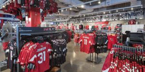 on sale 4f7d3 d63ef Arizona Cardinals Team Shop | State Farm Stadium